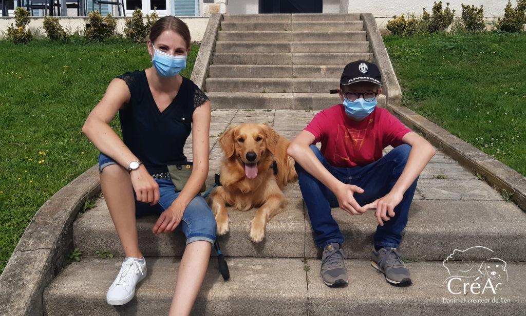 Médiation animale auprès des enfants et adolescents avec des chiens